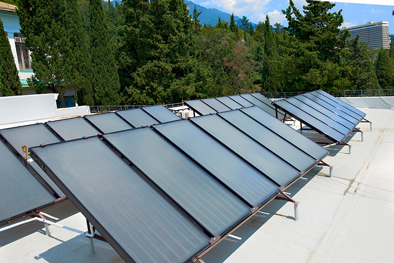 Flat Plate Solar Collector on Flat Roof